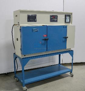 TENNEY THERMAL SHOCK CHAMBER -73C TO 200C